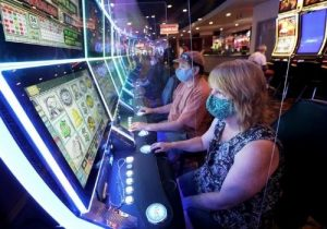 advantages of playing online casino games during this pandemic